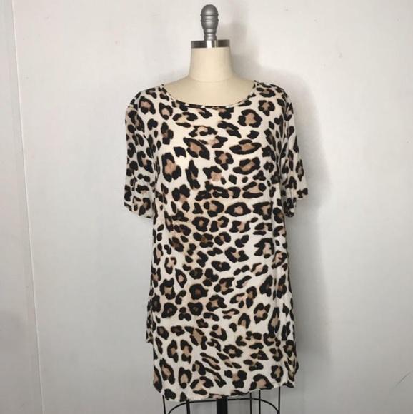 H&M Tops - H&M cheetah print blouse